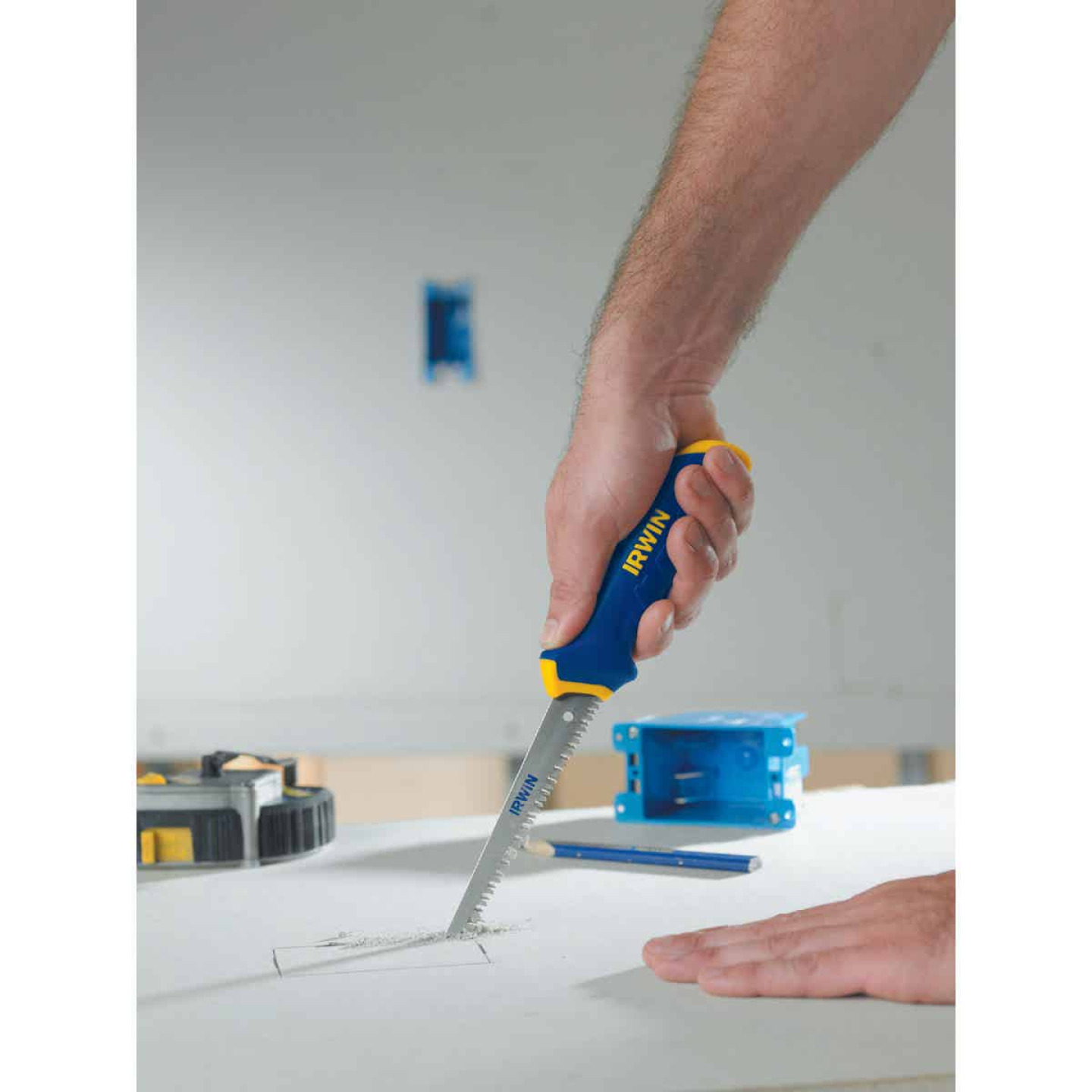 Irwin ProTouch 6-1/2 In. 9 TPI Drywall Jab Saw Image 3